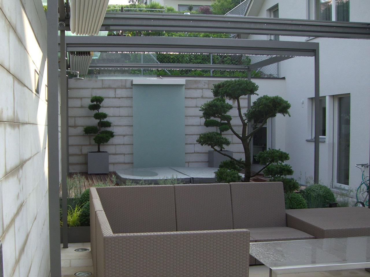 laubhus-architektur-einfamilienhaus-herrliberg-gartenneugestaltung